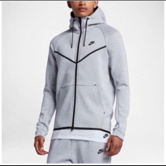 cb72af2b23b9 Nikė Tech Fleece jacket Grey